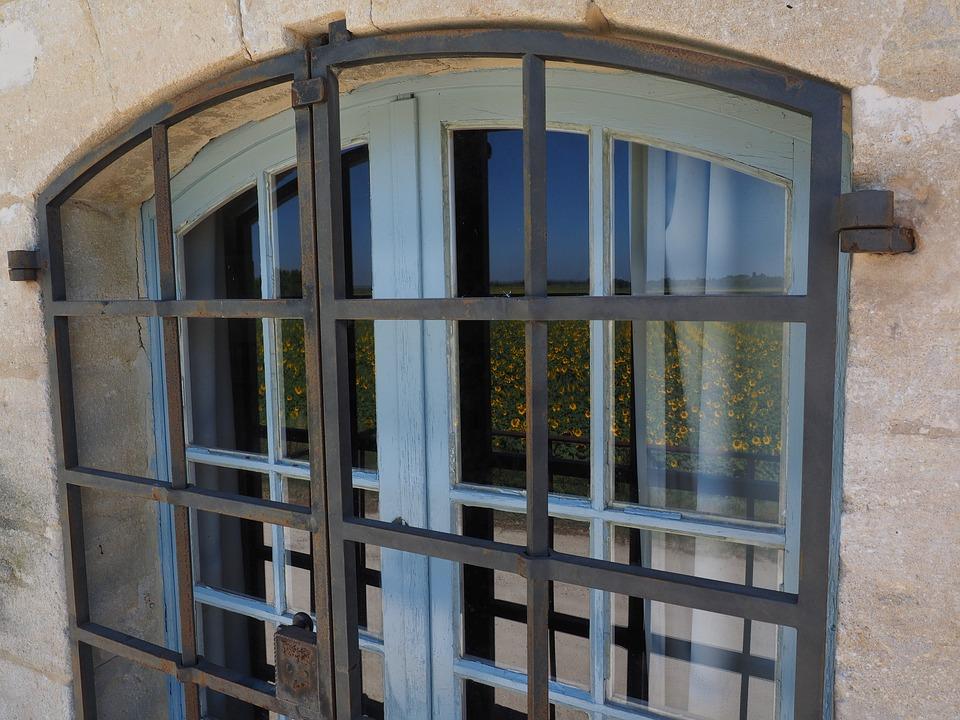 Modelli di grate per finestre